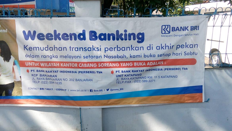 BRI MENGGELAR WEEKEND BANKING DI KANTOR CABANG SOREANG